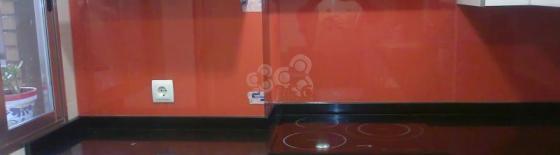 Frente de vidrio para cocina