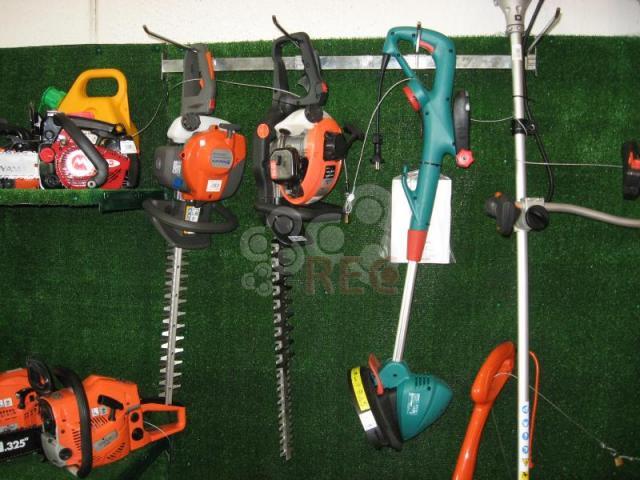 Motosierras y maquinaria de jardiner a profesionales y for Maquinaria de jardineria
