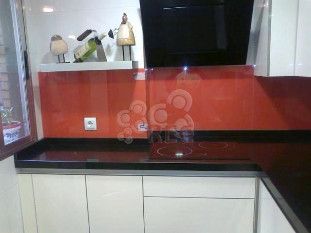 Frente de vidrio para cocina profesionales y empresas recomendados - Frente cocina cristal ...