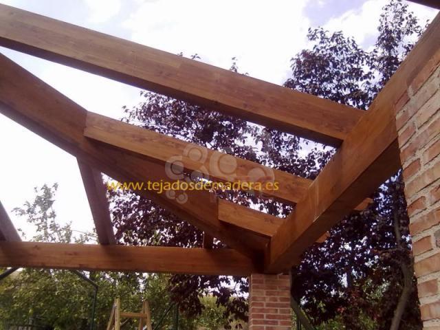 Tejados de madera profesionales y empresas recomendados for Tejados de madera modernos
